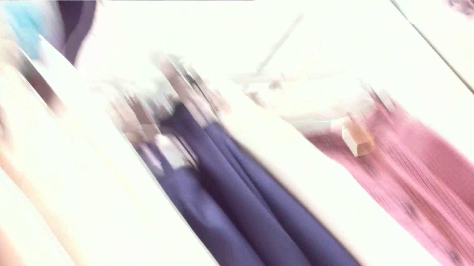 あれこのショップ‼あのカリスマ店員‼今日は黒パンツ‼ 接写  13pic 6