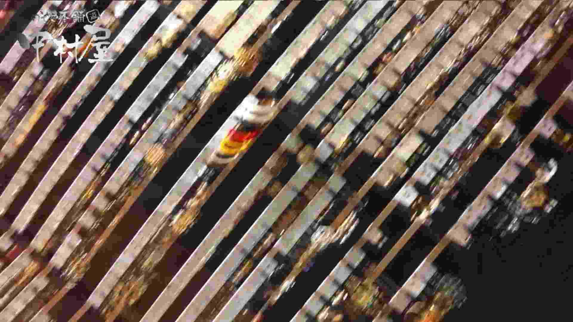 vol.59 美人アパレル胸チラ&パンチラ 色白のカワイイ店員さん 接写 AV動画キャプチャ 12pic 12