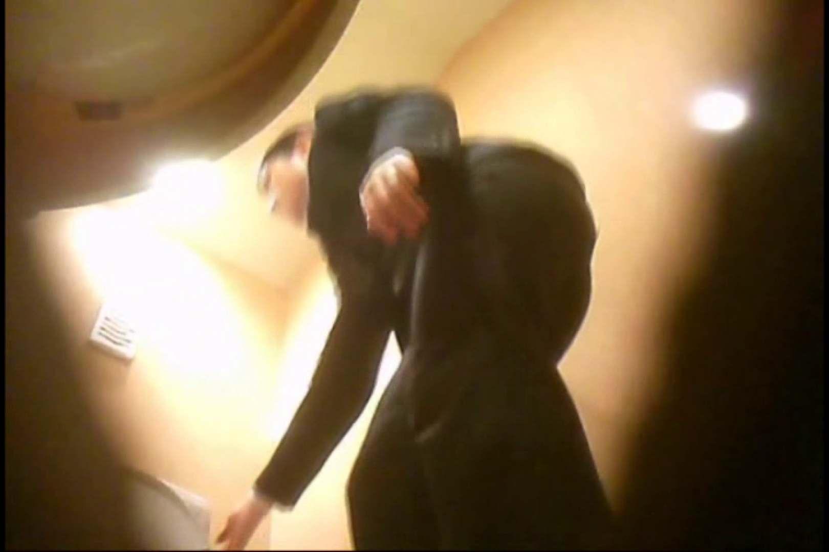 潜入!!女子化粧室盗撮~絶対見られたくない時間~vo,91 お尻   お姉さん  13pic 11
