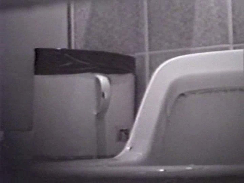 臭い厠で全員嘔吐する女 洗面所   厠  11pic 11