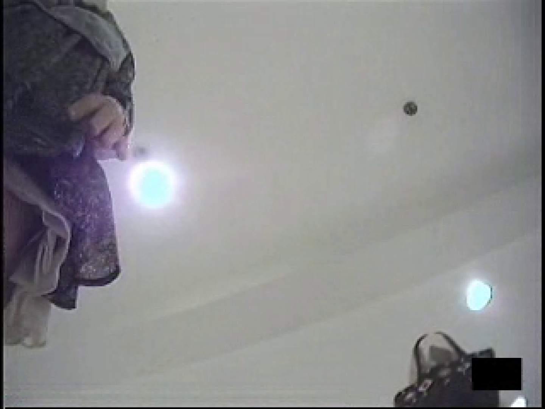 ショップ店員の卑猥なパンツ覗き 潜入 オメコ動画キャプチャ 10pic 3