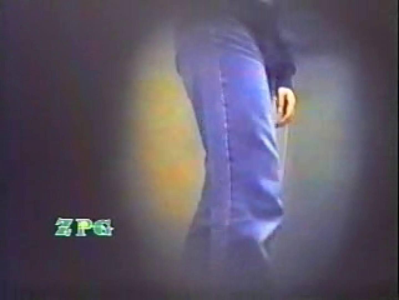 ニカメ盗撮!産婦人科病棟和式女子厠 潜入 のぞき動画画像 13pic 10